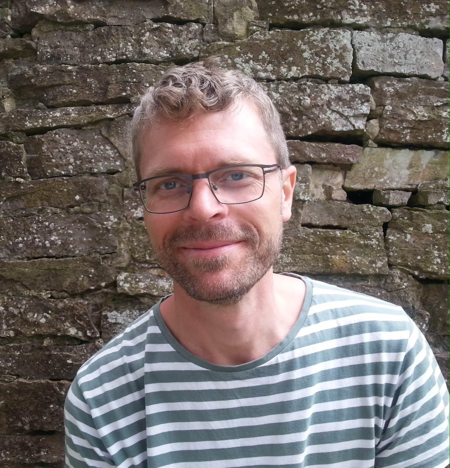 Marcus Lundberg är vår erfarna handledare som Bambi anlitat under lång tid. Han har över 15 års erfarenhet av att jobba som personlig assistent och har ... - marcus-l